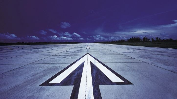Arrow on runway
