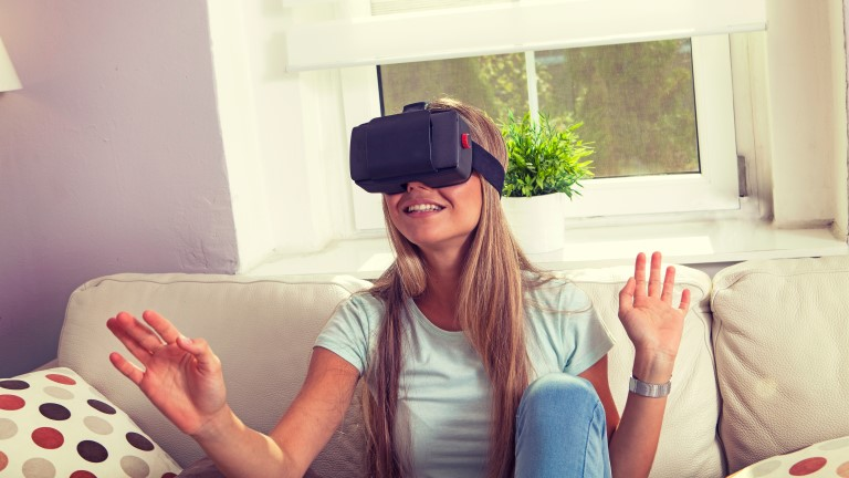 Virtual reality in the time of COVID-19